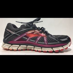 BROOKS GTS 17 Sz 10 Athletic Running Shoes